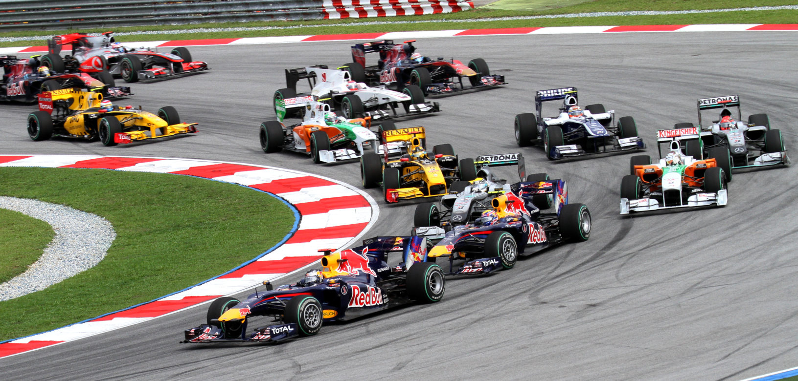 La formule 1 une voiture et des cons quences d exception for Garage formule m