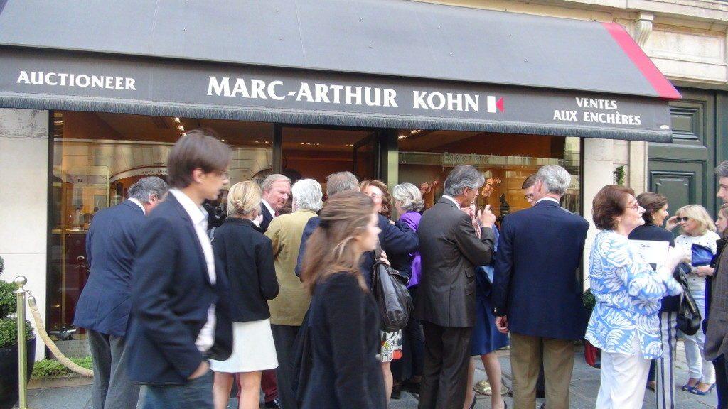 Marc-Arthur-Kohn-Commissaire-Priseur_Michel-SAINT-OLIVE-09-1024x576